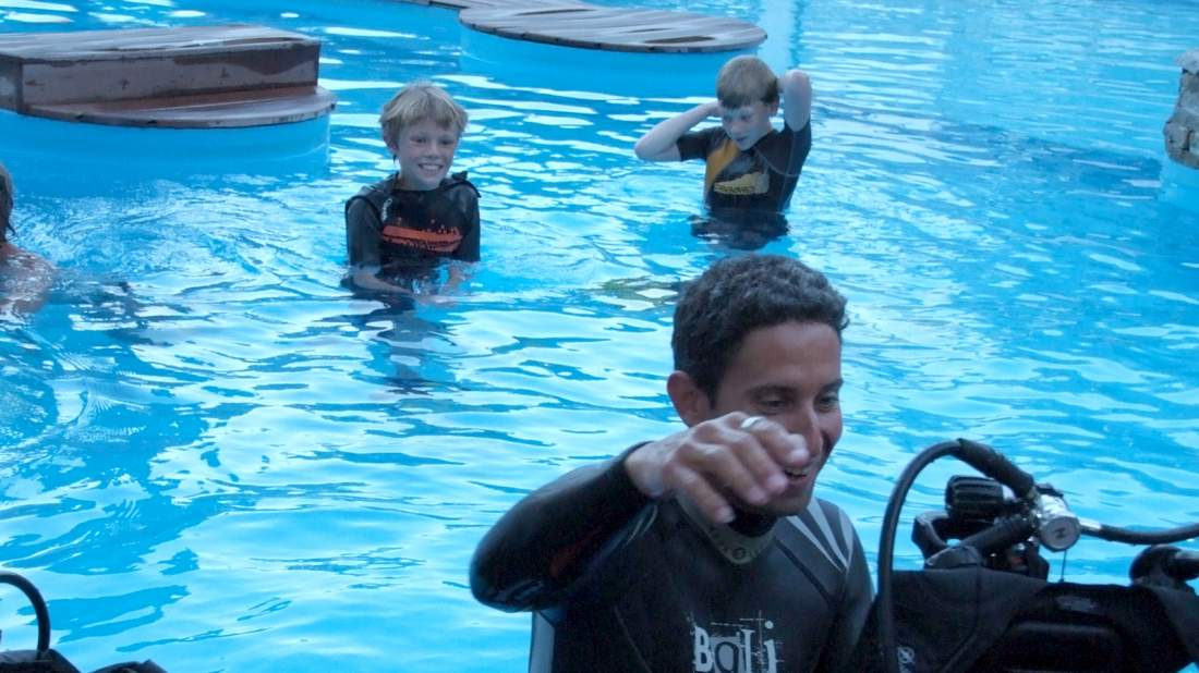 Camping annecy avec piscine et toboggans aquatiques face for Camping savoie avec piscine