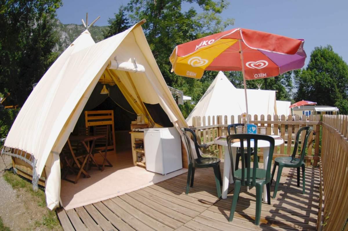 Tentverhuur tipi personen canvas tent m² met terras