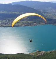 Paragliding over Lake Annecy!