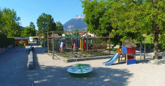 Aire de jeux Camping Les Fontaines